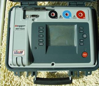 MIT1020/2 绝缘电阻测试仪